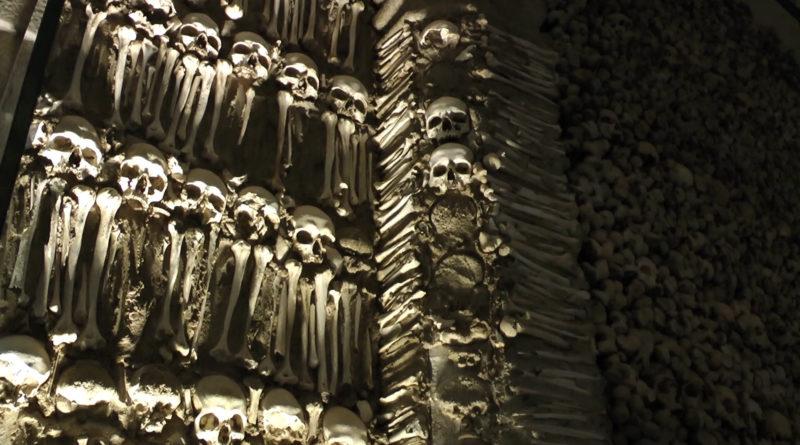 A Capela dos Ossos em Évora, Portugal
